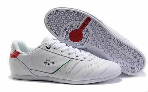 920dccbfc2 C'est sans fondement que les concepteurs sont occupés à faire de l'argent à  partir de chaussures de plage qui a été con?u pour qu'ils soient à la mode.